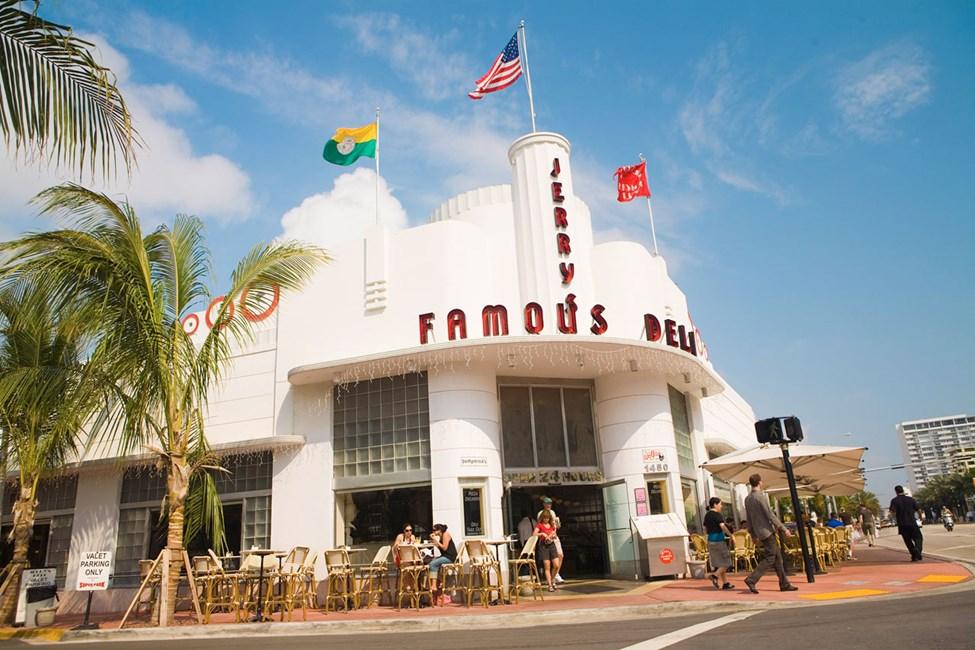 Miami Beach, Collins Avenue