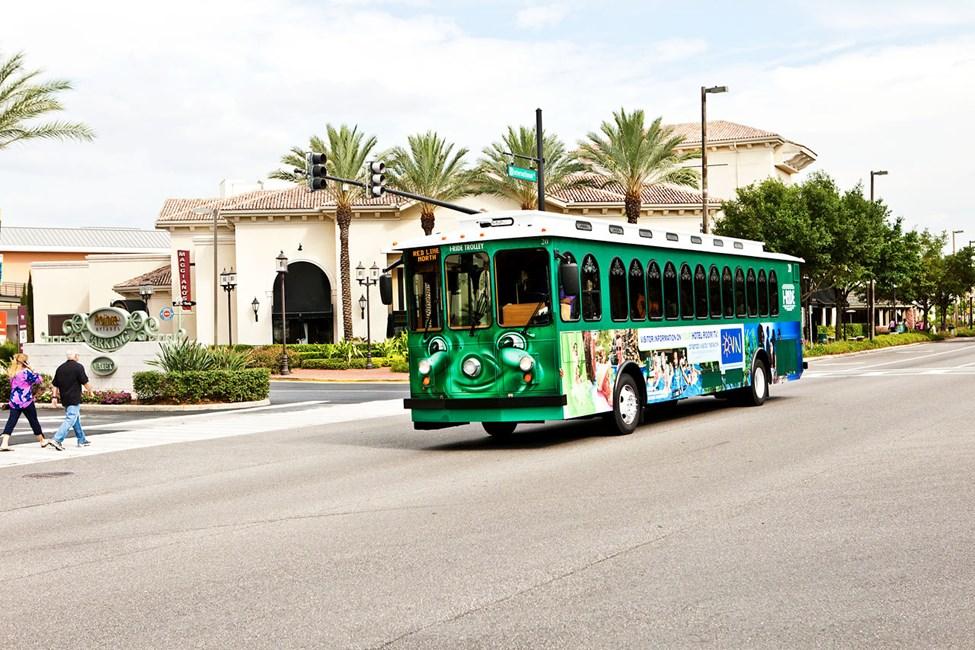Det går gratisbusser mellom hotellene og shoppinggatene