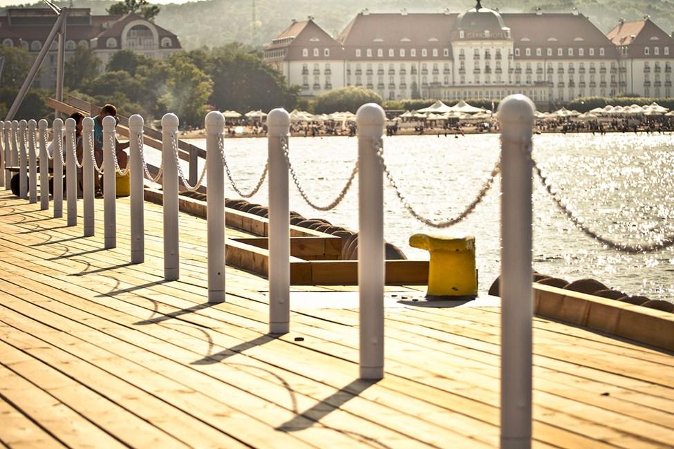Lekre hotell langs stranden