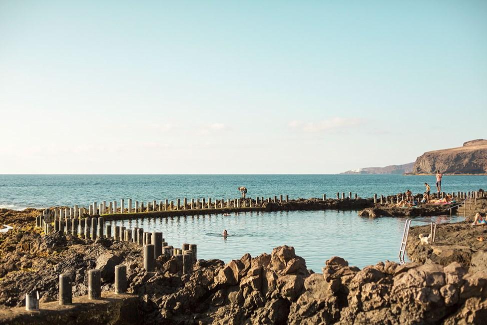 Havbassengene Las Salinas utenfor Puerto de las Nieves