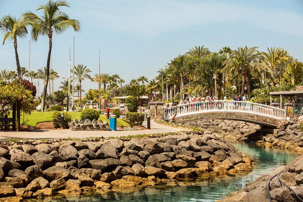 Den lille parken ved Anfi-stranden