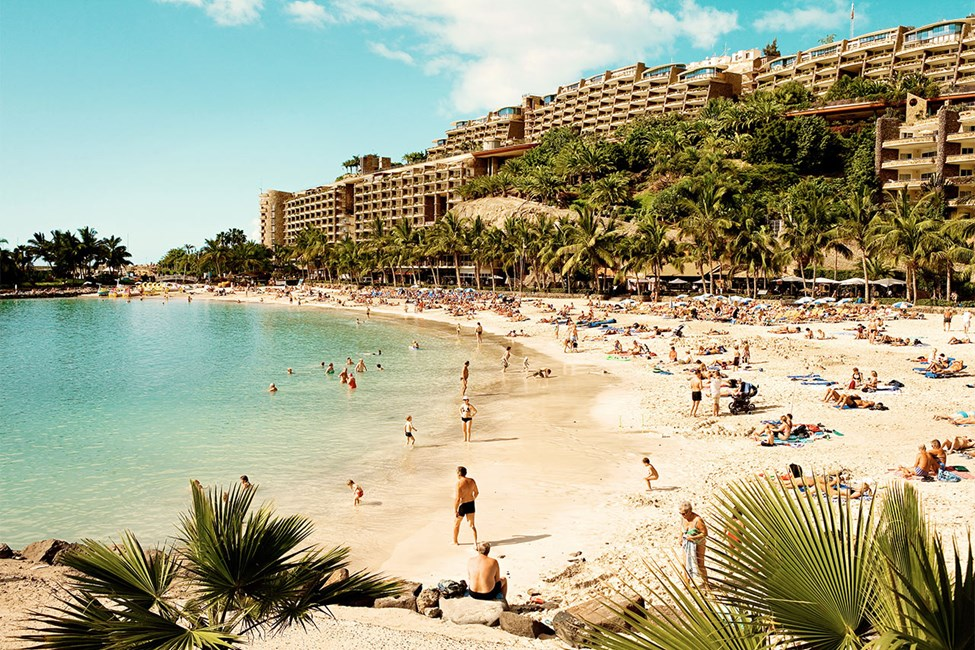 Anfi-stranden, ca. 15 minutters spasertur fra Sunwing Arguineguín Seafront