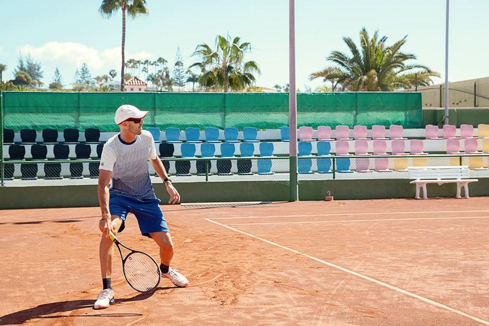 I Maspalomas kan du spille padel og tennis på Conde Jackson tennis center