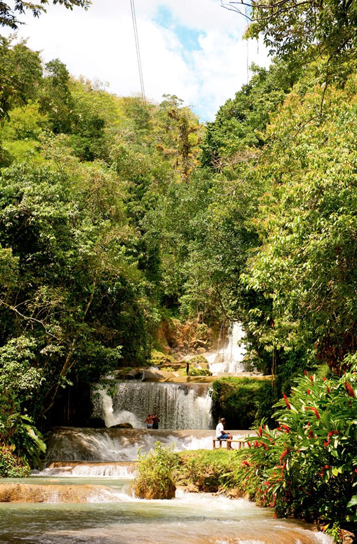YS Falls – en av Jamaicas spektakulære fosser
