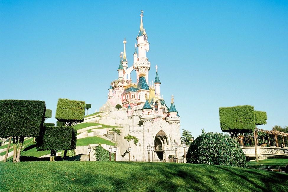 Kombinér storbyferien i Paris med et besøk i Disneyland