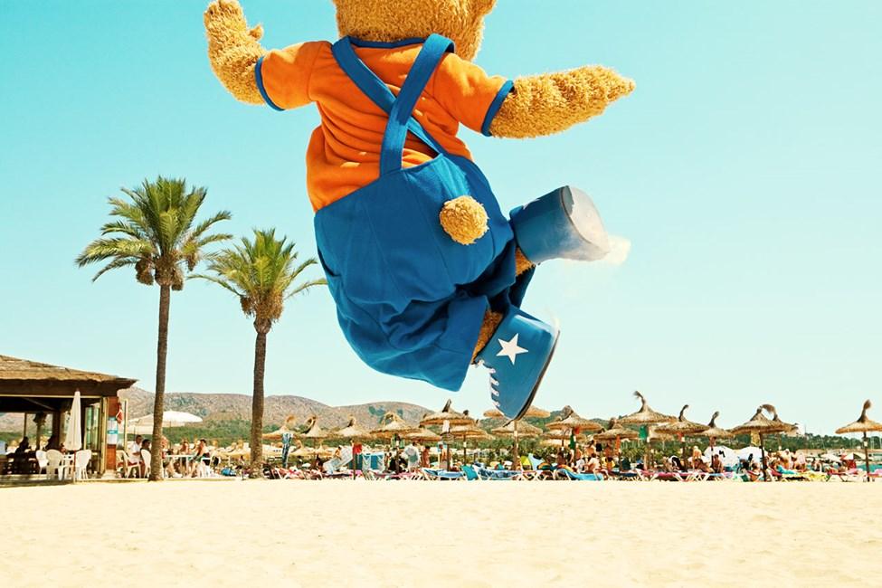 Maskoten Lollo og bestevennen Bernie er hjertelig tilstede på flere hotell i Alcudia, blant annet Sunwing Alcudia Beach.