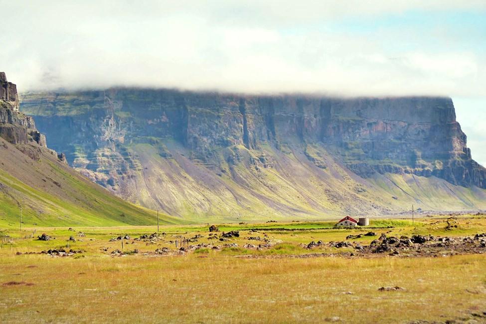 Den fredelige atmosfæren på Island får Reykjavik til å fremstå som en livlig storby.