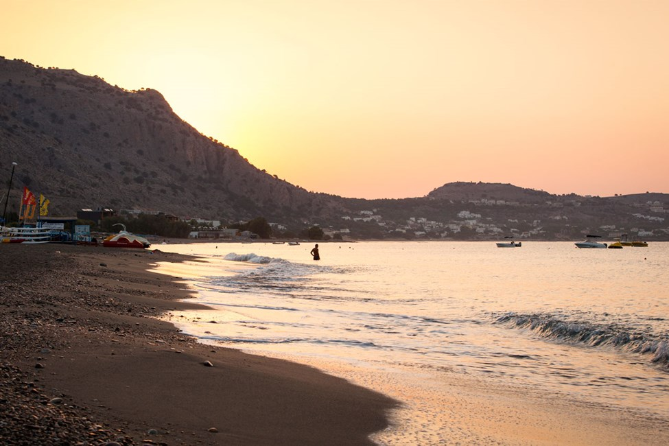 Stranden nedenfor Lindos Princess