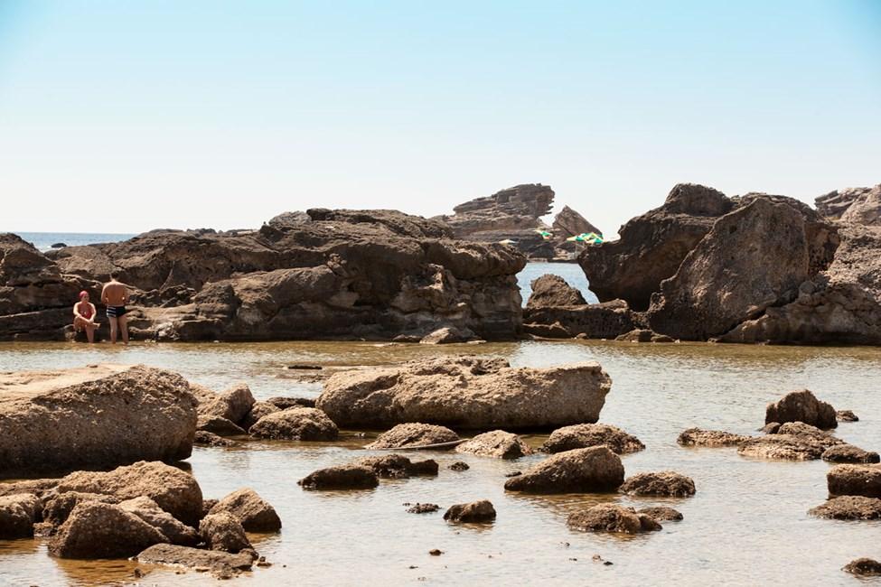 Tassos Beach ligger ca. 4,5 km fra Kallithea