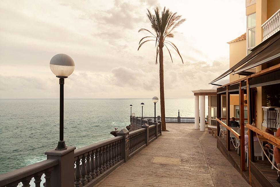 Det ligger flere hyggelige restauranter med uteserveringer i Playa Paraiso
