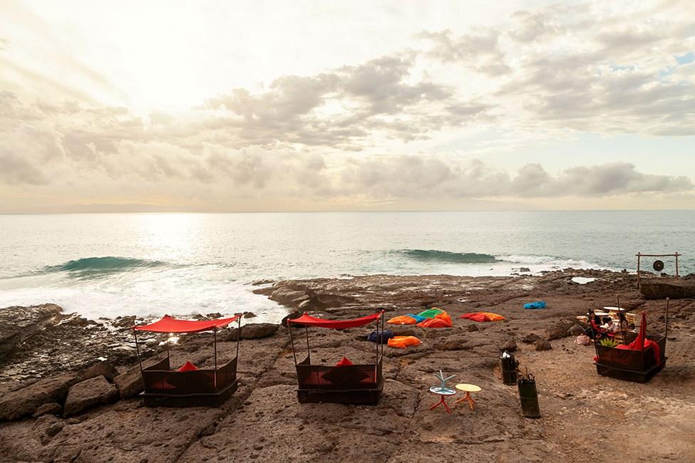 Kreativ utendørsbar i Playa Paraiso