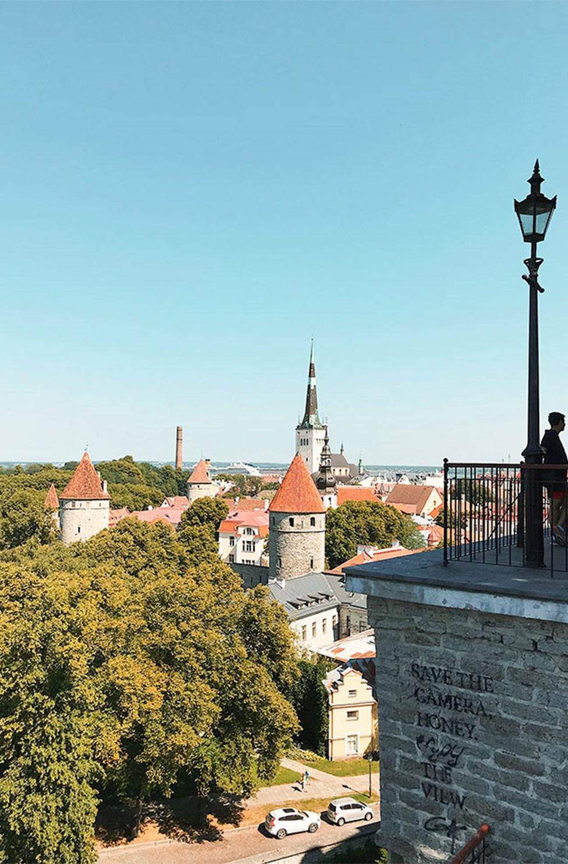 Utsikt fra Domberg (Toompea)