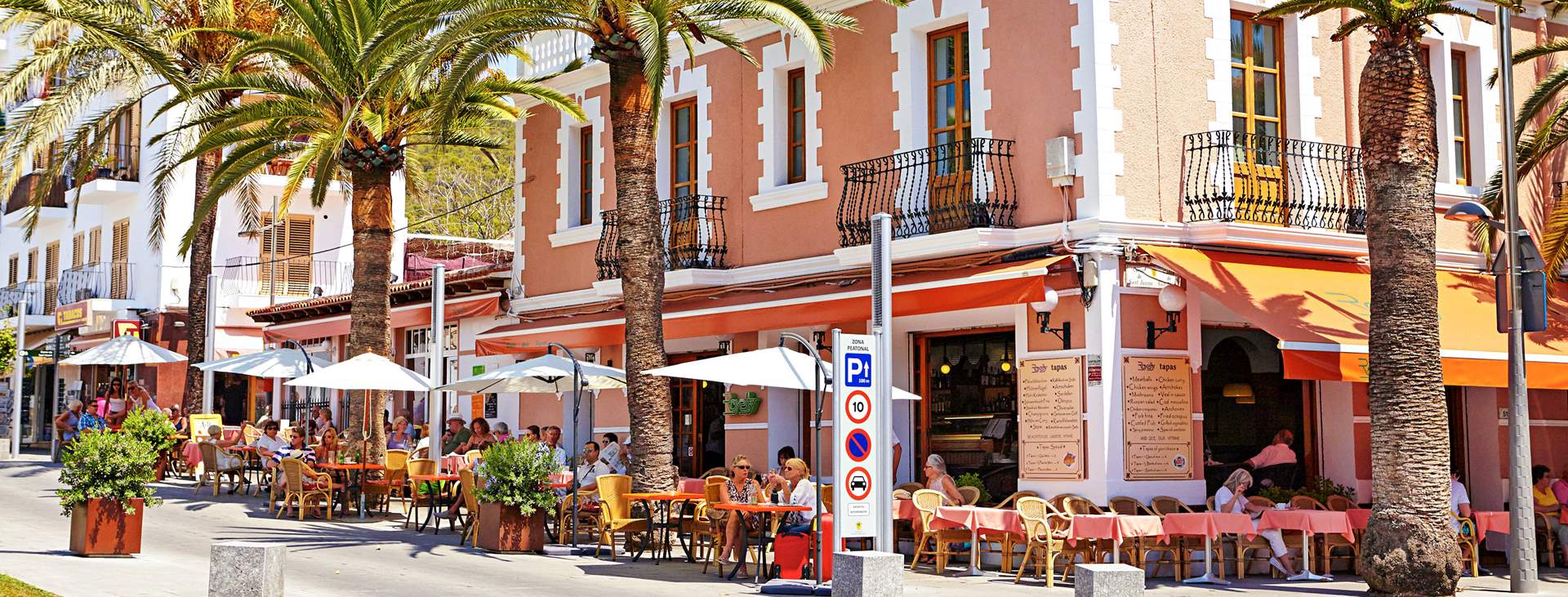 Bestill en reise med Ving til Santa Eulalia på Ibiza