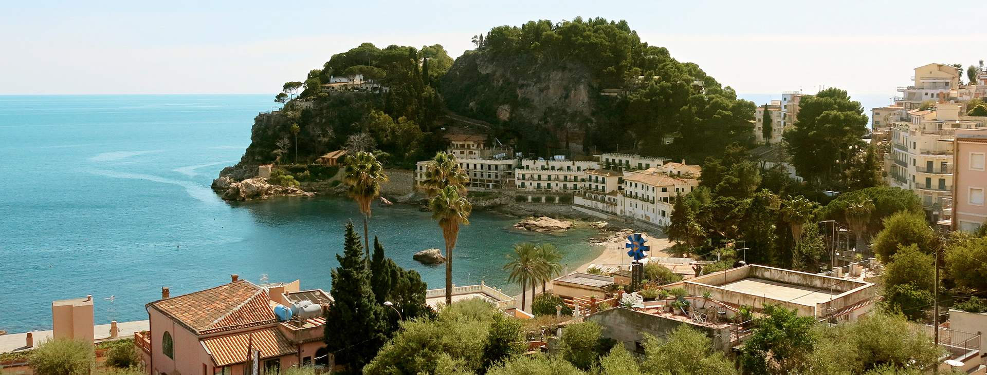 Bestill en reise med Ving til Taormina på Sicilia