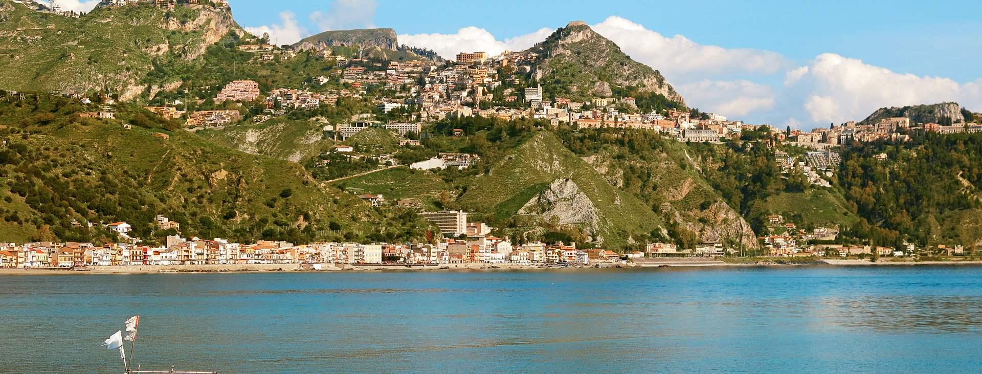 Reis til Giardini-Naxos på Sicilia i Italia