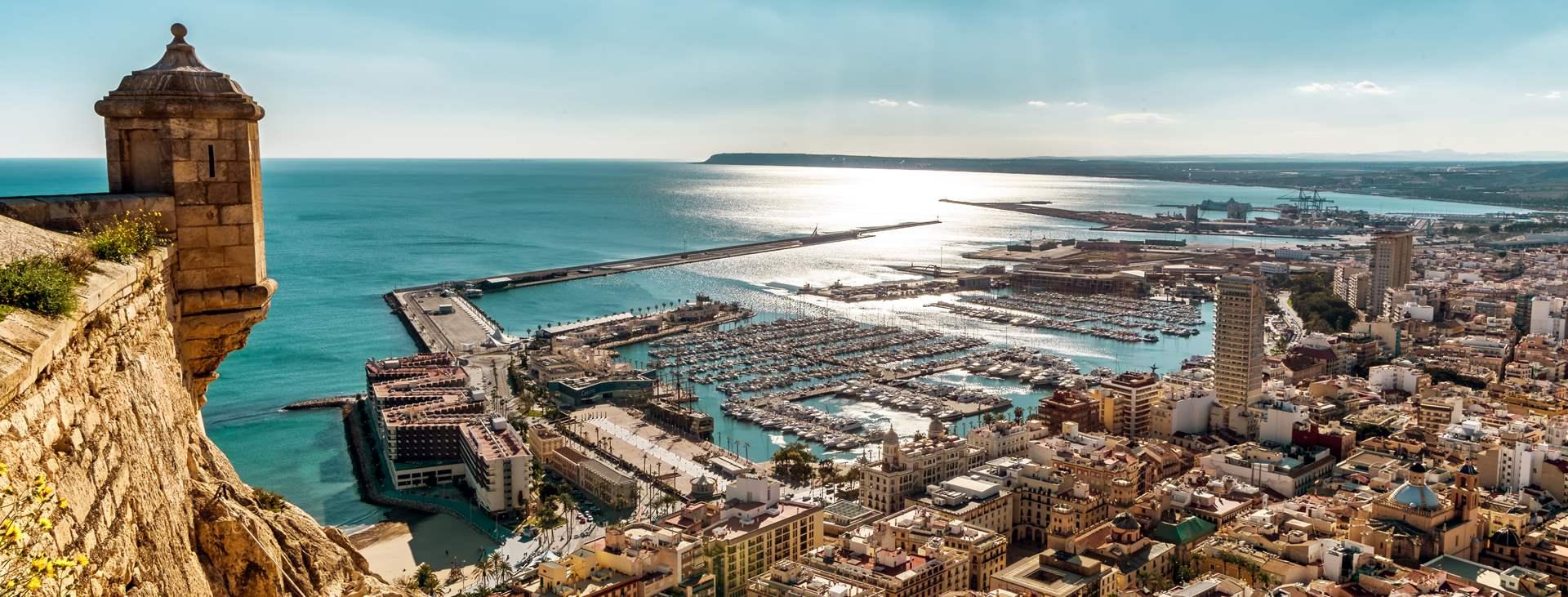 Bestill en reise med Ving til Alicante i Spania