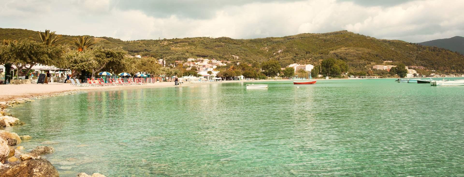 Bestill en reise med Ving til vakre Moraitika på Korfu