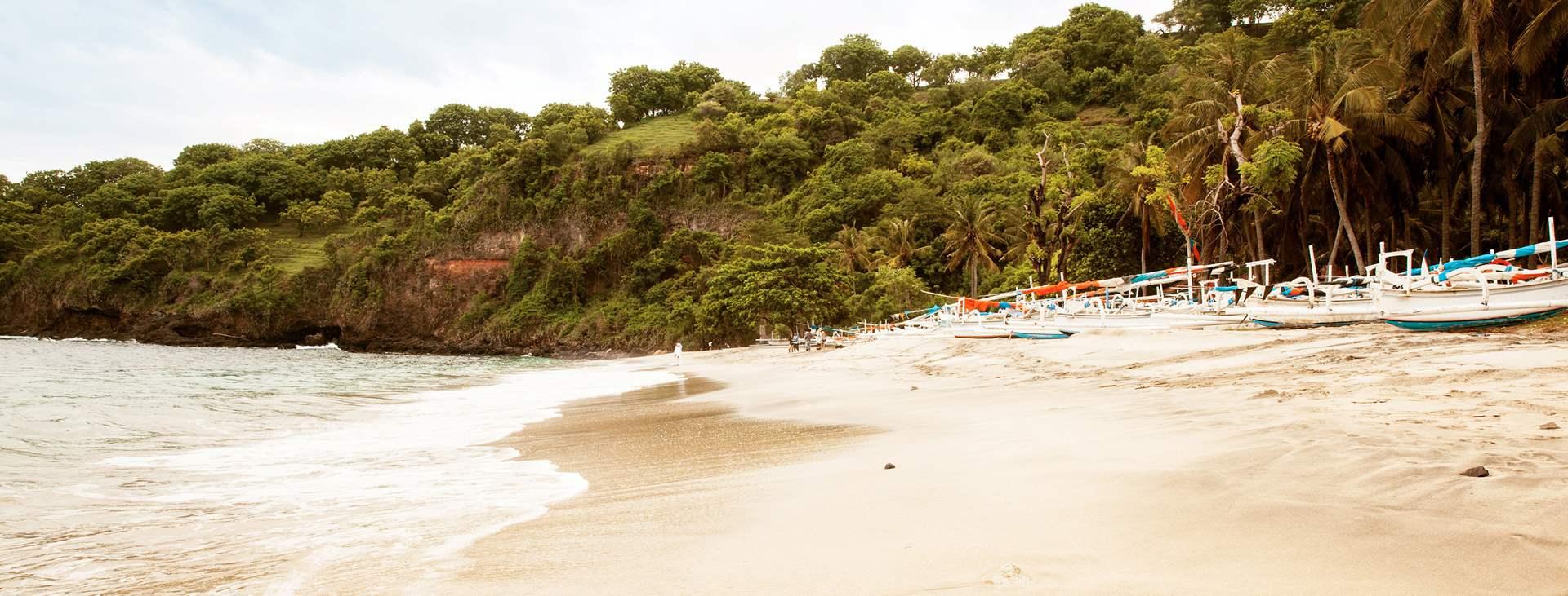 Bestill en reise til Candidasa på Bali med Ving