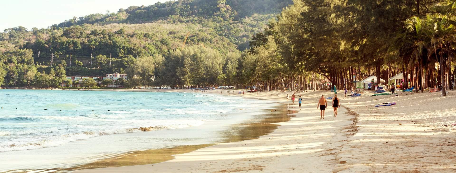 Bestill en reise til barnevennlige Kamala Beach i Thailand