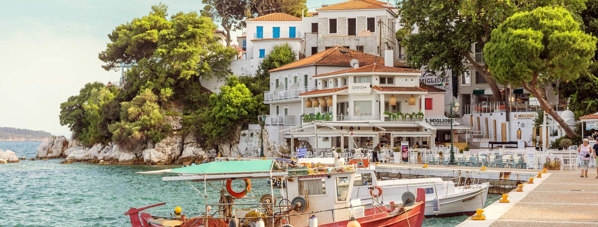 Bestill en reise til Skiathos by med Ving