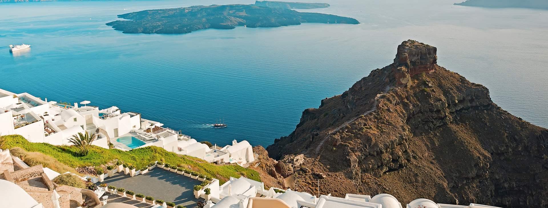 Bestill en reise med Ving til Imerovigli på Santorini i Hellas