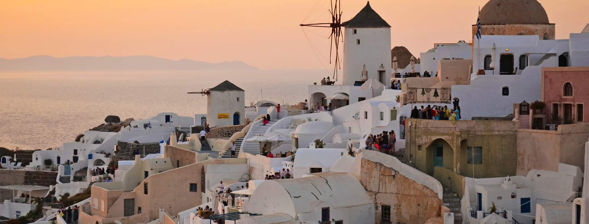 Reiser til Oia på den greske øya Santorini