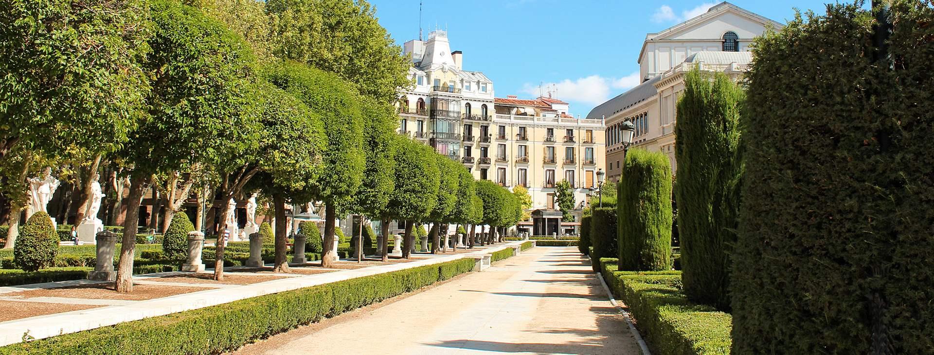 Bestill en reise med Ving til Madrid i Spania