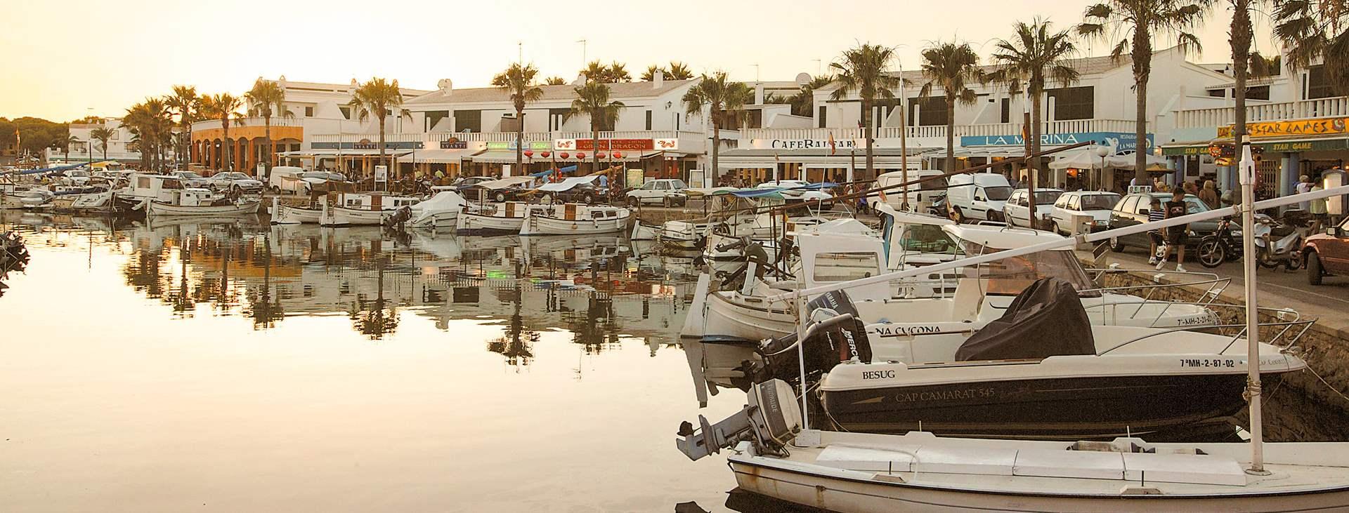 Bestill en reise til Cala'n Bosch på Menorca med Ving