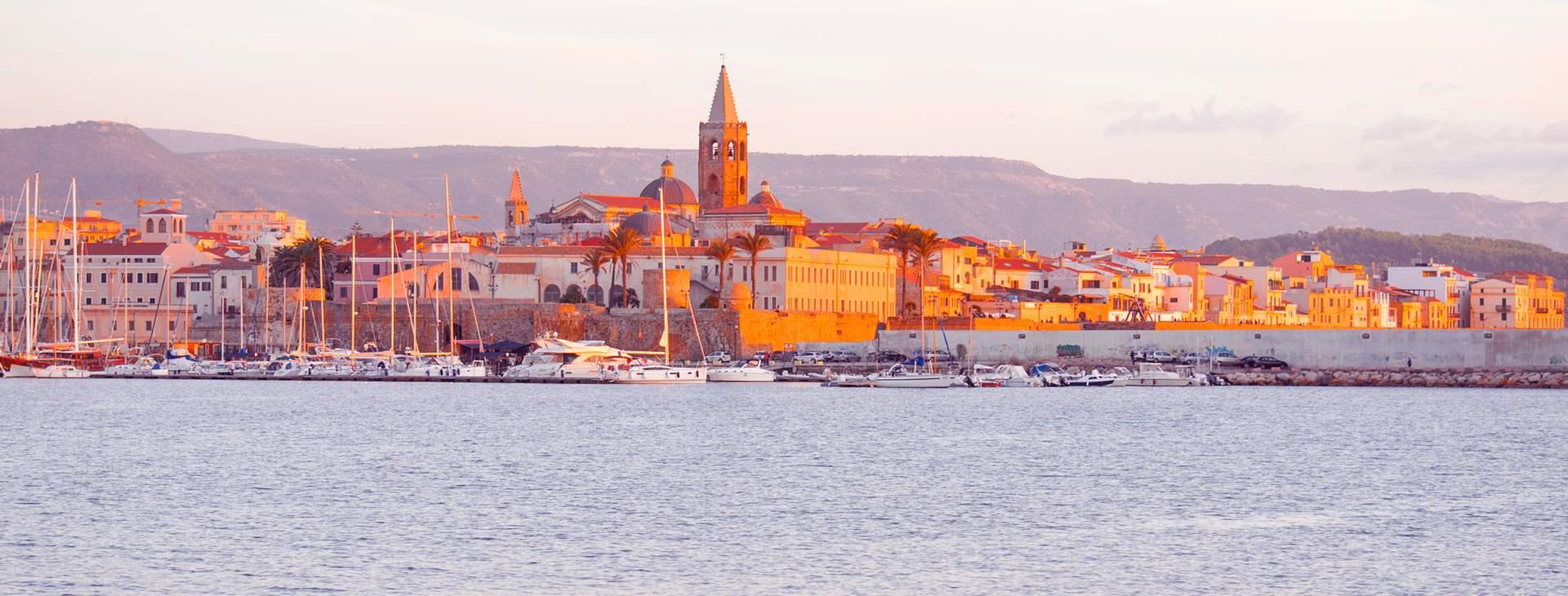 Bestill en reise til Alghero på Sardinia med Ving