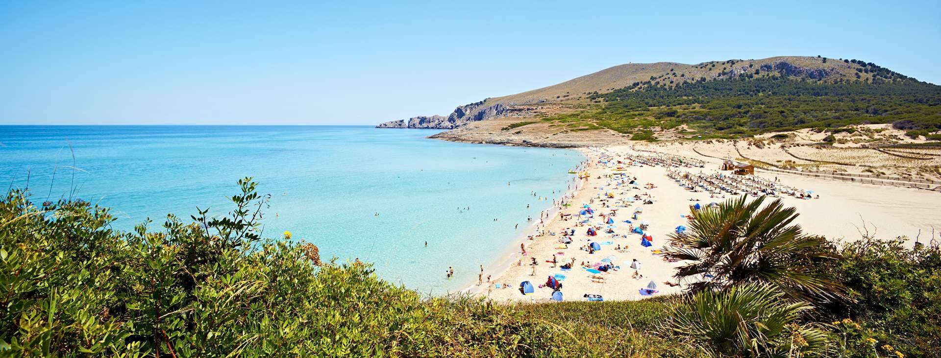 Bestill en reise til barnevennlige Cala Mesquida på Mallorca