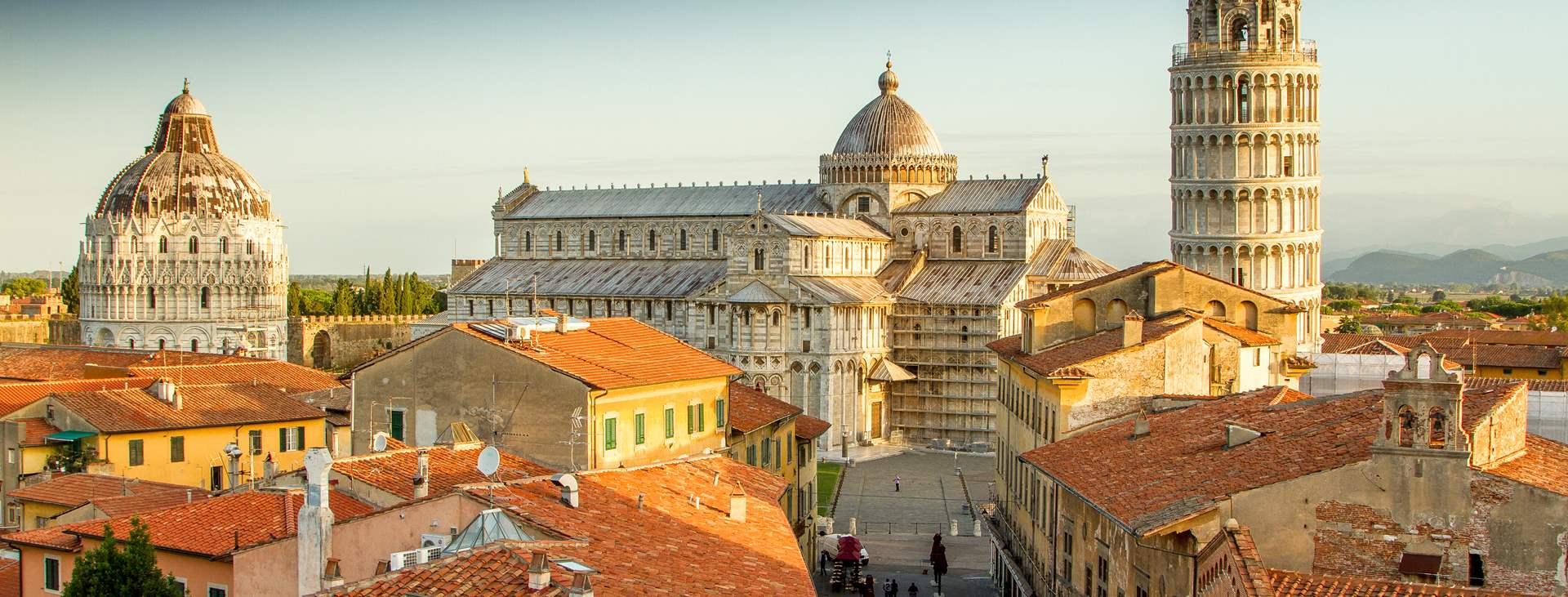 reiser til Pisa i Italia