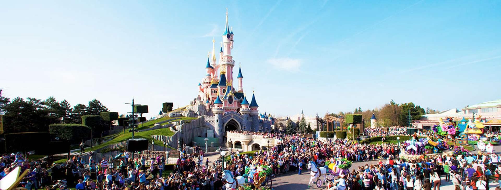 Bestill en reise til barnevennlige Disneyland® Paris